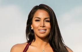 Dolly Castro Measurements Bra Size Height Weight
