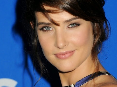 Cobie Smulders Measurements Bra Size Height Weight