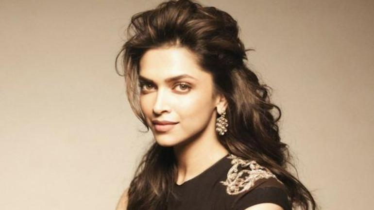 Deepika Padukone's Measurements: Bra Size, Height, Weight ...