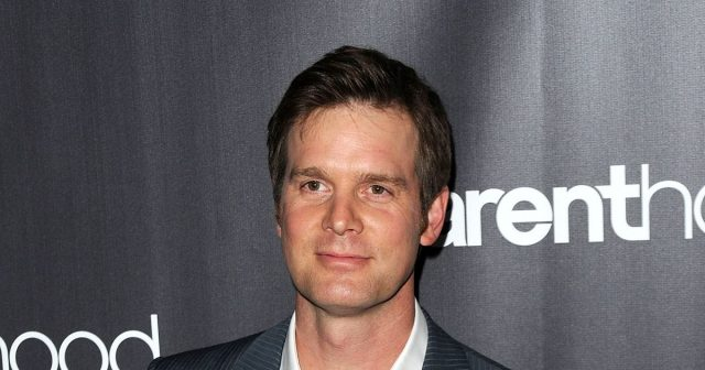 Peter Krause Measurements Bra Size Height Weight