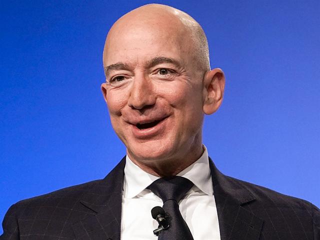 Jeff Bezos Measurements Shoe Size Height Weight